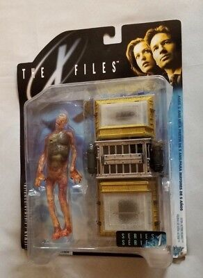 X Files Fireman Figure - Series 1 by McFarlane Toys - RARE HTF