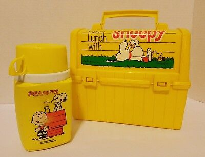Vintage Snoopy Plastic Lunch Box w/Thermos ALL YELLOW Variant - RARE