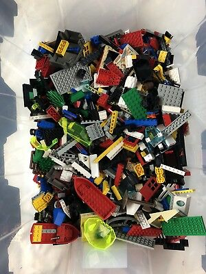 Mixed Lot Of Assorted Legos Large Flat Rate Box 9.5 lbs including box