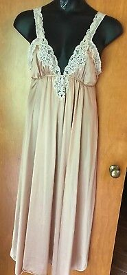 VTG 1970's Kayser Champagne Beige w/ Lace Sleeveless Long Nylon Nightgown Sz L