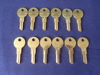 Lot Of 24 Locksmith Yale Y12 Key Blanks Fits Yale & More Solid Brass Ships Free.