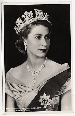 HER MAJESTY QUEEN ELIZABETH - Dorothy Wilding - 1953 used Real Photo postcard
