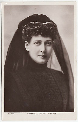 ALEXANDRA THE QUEEN MOTHER - Wife Of Edward V11 - 1910 used Real Photo postcard