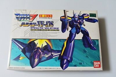 Macross 7 VF-17S Stealth Valkyrie 1/144 scale Battroid & Fighter Mode set Bandai