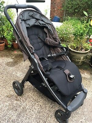 Mamas And Papas Armadillo Stroller great for Mini Drivers
