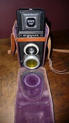 Vintage Argus Argoflex Twin Lens Reflex Camera w/ Original Leather Case