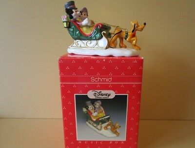 "Schmid - Disney - 1988 -  Limited Edition - Music Box - Tune ""Winter Wonderland"""