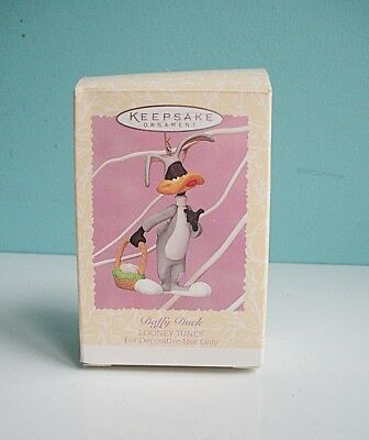Hallmark 1996 Looney Tunes Daffy Duck Collectible Easter Ornament