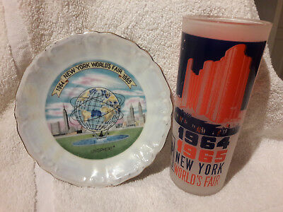 1964-1965 New York World's Fair Frosted Hall Of Science Glass & Unisphere Plate