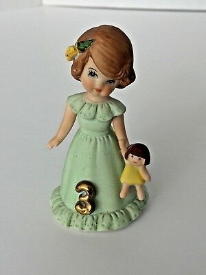 GROWING UP BIRTHDAY GIRLS 1982 ENESCO AGE 3 Figurine BROWN HAIR Green Dress