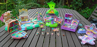Vintage Polly Pocket bundle with some figurines