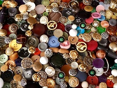 Job Lot Of Old/vintage Buttons 1kg