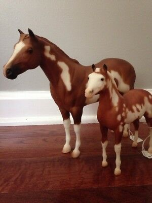 Breyer Horse - 771 and 772 Painted Mare and Foal