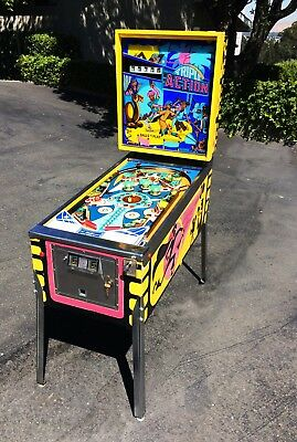 Williams Triple Action Pinball Machine - 1973 Highly Collectible