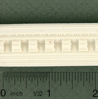 Dollhouse Miniature Crown Molding by Unique Miniatures