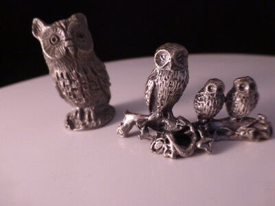 Lot two 2 pewter figurines - Three owls on a branch - Larger Owl