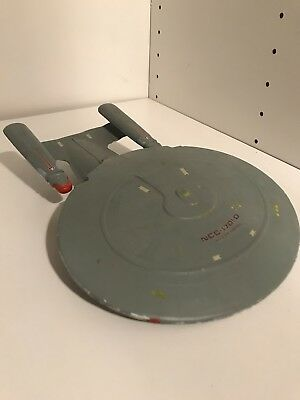 Star Trek USS Enterprise D Modell