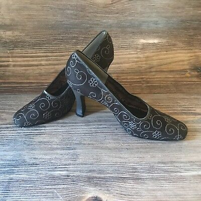 14ac0f3eac Lord & Taylor Glenna Size 10M Gray Silver Embroidered 3.5 Pumps Heels Formal
