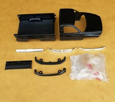 Amt 1/25 1994 Dodge Ram 2500 Pickup Body And Related Parts