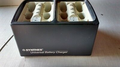 Synthes  Battery Charger