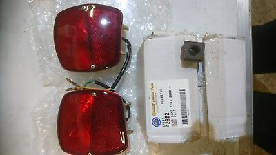 Ford 4000/5000, County Roadless rear lamps