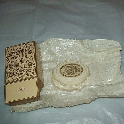 Vintage 1984  AVON Letter Perfect Guest Soap Bar  RARE   D    2.75 oz   NIB  NEW
