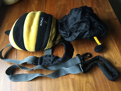 Llittlelife Bumble Bee Backpack with detachable safety rein.