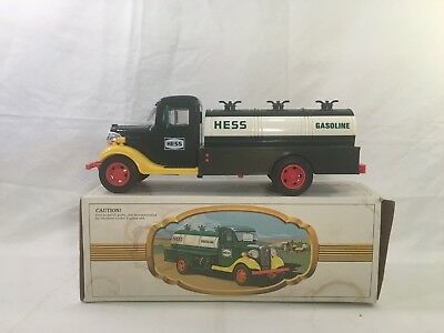 1982 - The First Hess Truck toy truck Mint in box