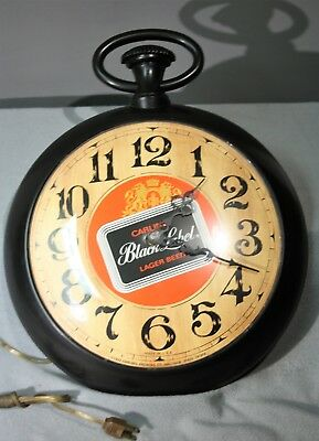 1973 Carling Brewing Company Black Label Beer Pocket Watch Shaped Clock Bar Sign