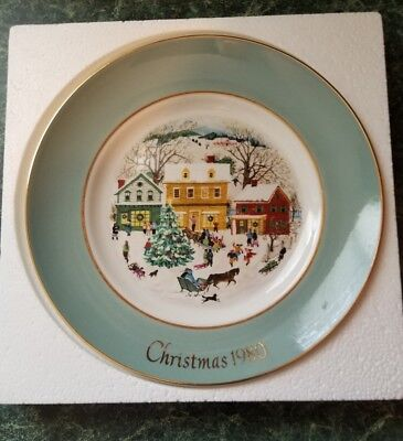 Avon 1980 Christmas Plate Collectible Country Christmas PL8