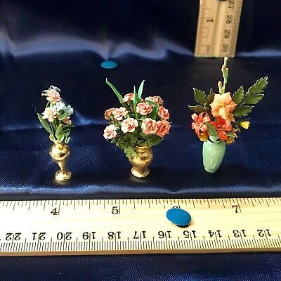 Dollhouse Miniature(1:12). ARTISAN Dated/Signed FLORAL ARRANGEMENT Lot #2