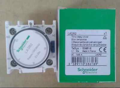 LADR2 0.1-30s Schneider Time Delay Block new in box free ship