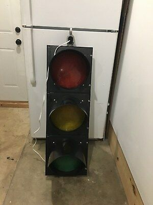 """Black Real Traffic Signal Light Red, Yellow, Green 12"""" Wired LED w/Hngr OBO NICE"""