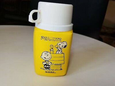 Vtg 1965 Peanuts Snoopy School Or Play Lunch Box Thermos