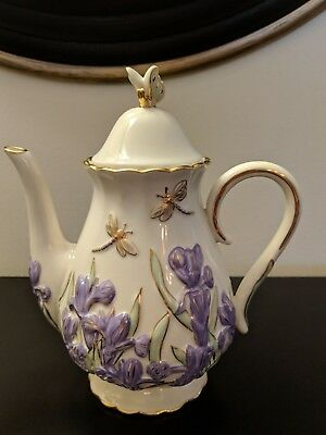 Lenox Fine Ivory China  The  Springtime Splendor  Teapot Purple Iris 2005