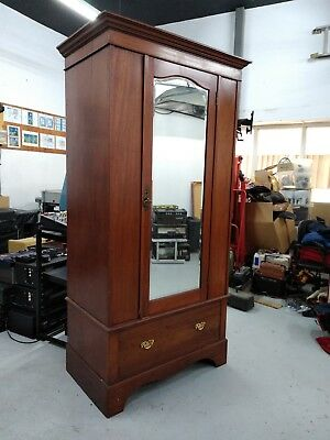 Antique Mahogany Edwardian Small Wardrobe - In Excellent Condition