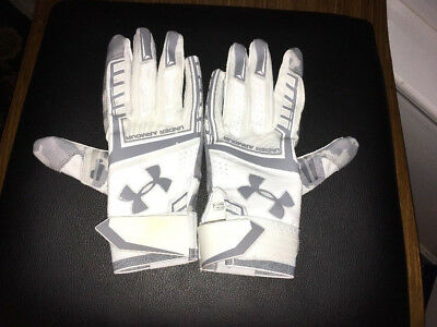 Under Armour Adult Heater Batting Gloves 1287826 Size Small Retal $39.99
