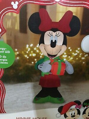 disney minnie mouse holdinig present christmas inflatable light up 5ft