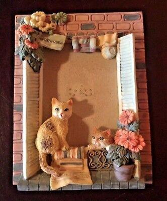 Ceramic Cat Kitten Sitting Window Seal Picture Photo Tabletop Frame Flower Pot