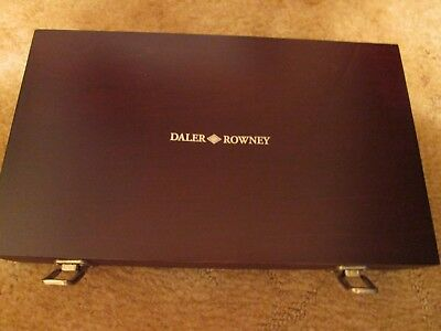 Daler Rowney Wooden Art Box, Brand New but has a Blemish, Please see photos