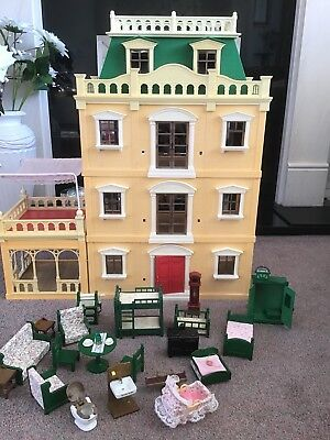 Sylvanian Families Deluxe Country Mansion
