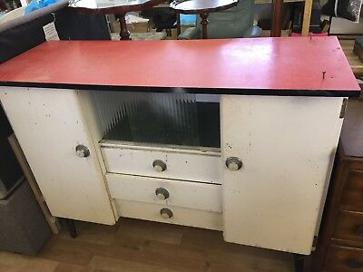 Retro Vintage kitchen cabinet in need of tlc