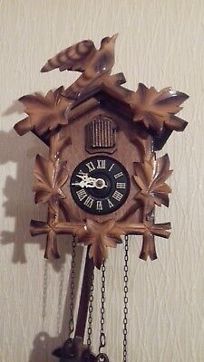 Dear little twin weight wooden cuckoo clock