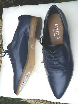 Ladies WORN ONCE M&S Insolia Leather Lace up Pointy Toe Flats / Shoes Size UK 5