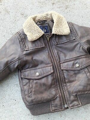 Boys Gap Bomber Winter Jacket Size 3 years, 3T. Excellent. Fall Winter School