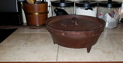 Antique Cast Iron Skillet 3-Leg 12in. Frying Pan with Lid