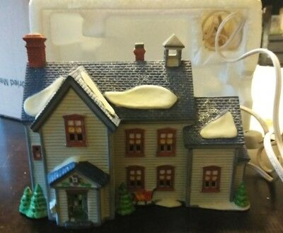 Department 56 Heritage Collection New England Village - PA. Dutch Farmhouse 1993