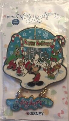 Disney World - Mickeys Very Merry Christmas Party 2003 Holiday Dangle LE2500 Pin