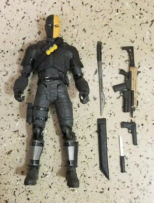 """Dc Direct The Cw """"arrow"""" Figure Deathstroke From 2-Pack Tv Show"""