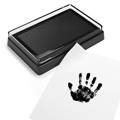 Frame Kit Newborn Baby Handprint and Footprint with Clean Touch Ink Pad tn61